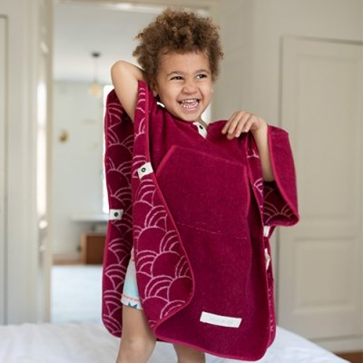Toddler Cape Cerise 2