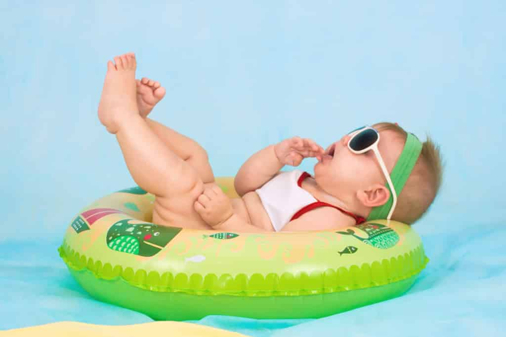Tips for your baby's first swimming lesson 2